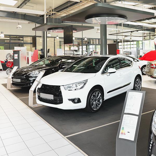autohandelaren en bandenspecialisten