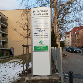 "Outdoor infozuil ""Frankfurt"""